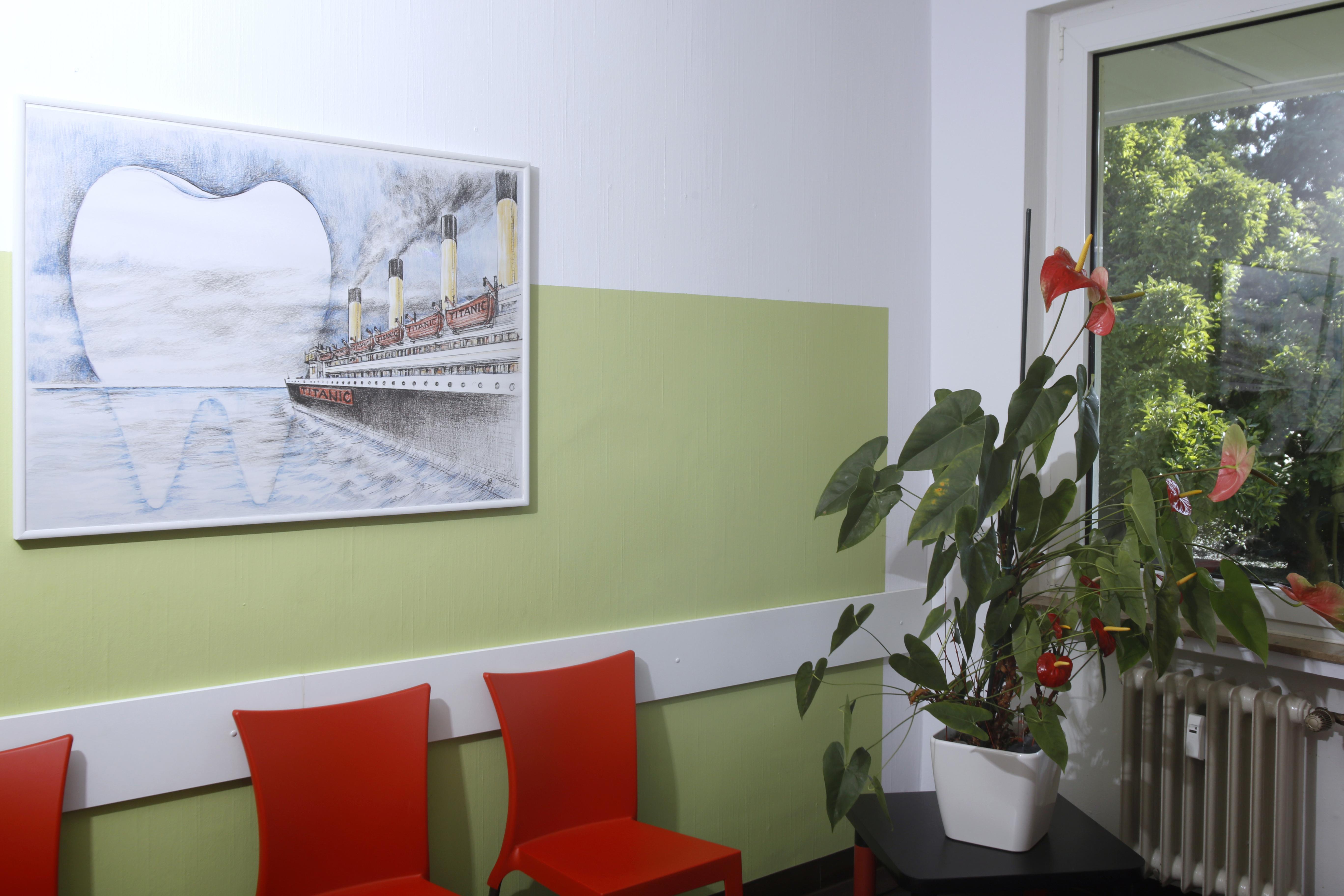 Wartebereich Praxis Dr. Pfötsch